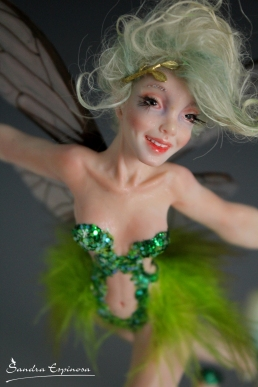 Tinkerbell flying_14